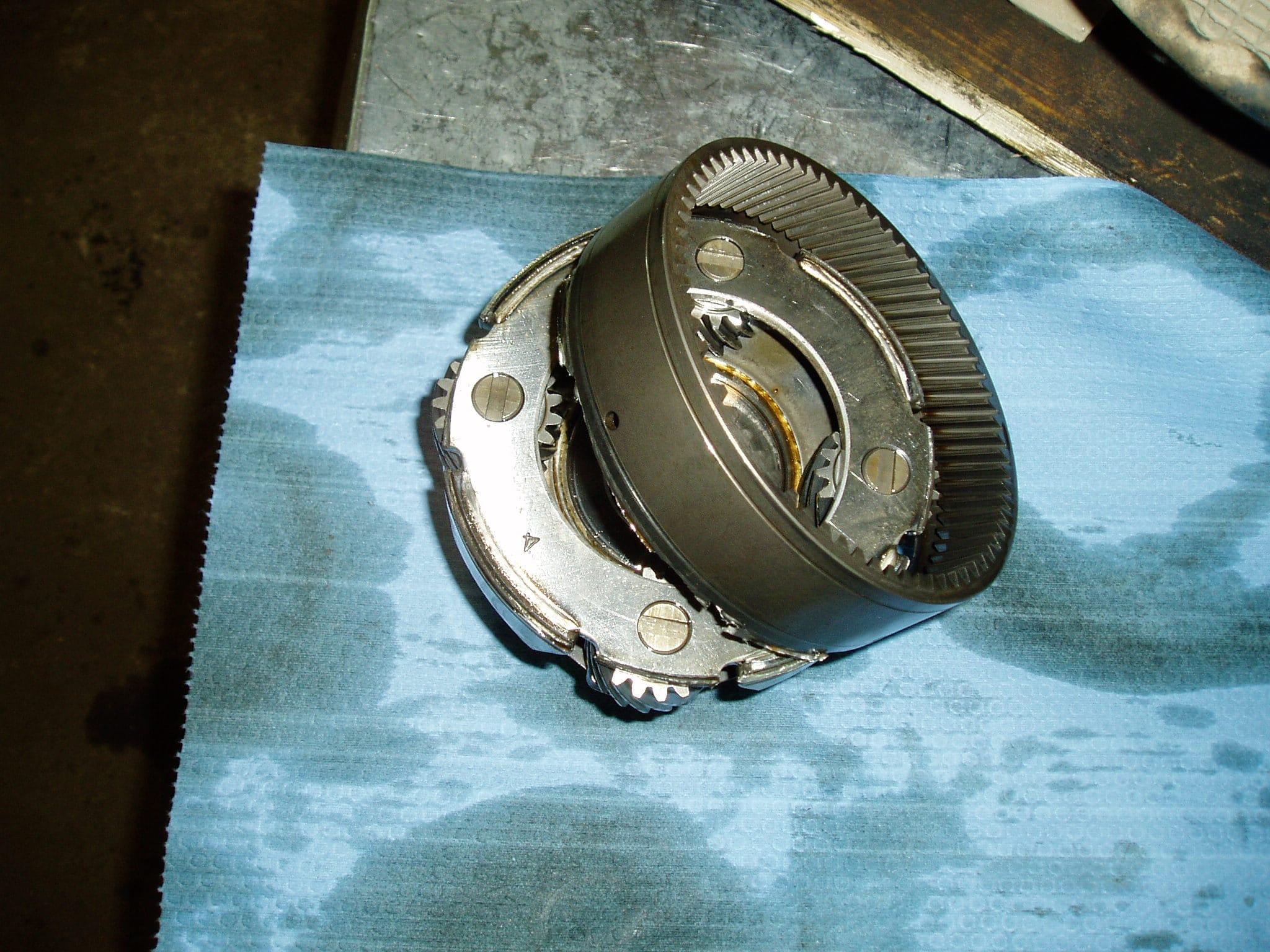 Ремонт АКПП Pajero Sport 2  3.2 L. Обломился по сварке корпус планетарной передачи