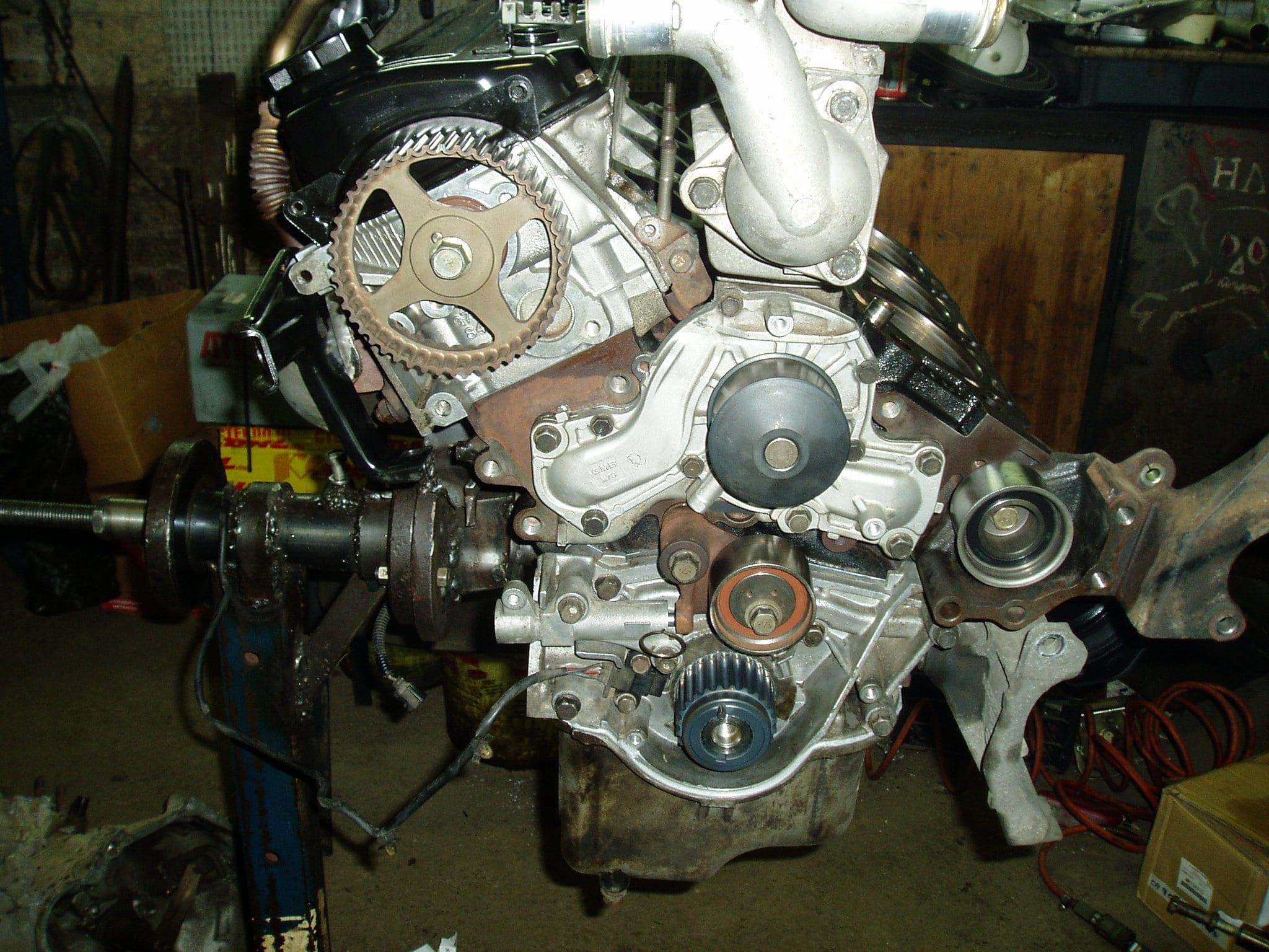 Ремонт двигателя Mitsubishi Montero 3  3.8 L
