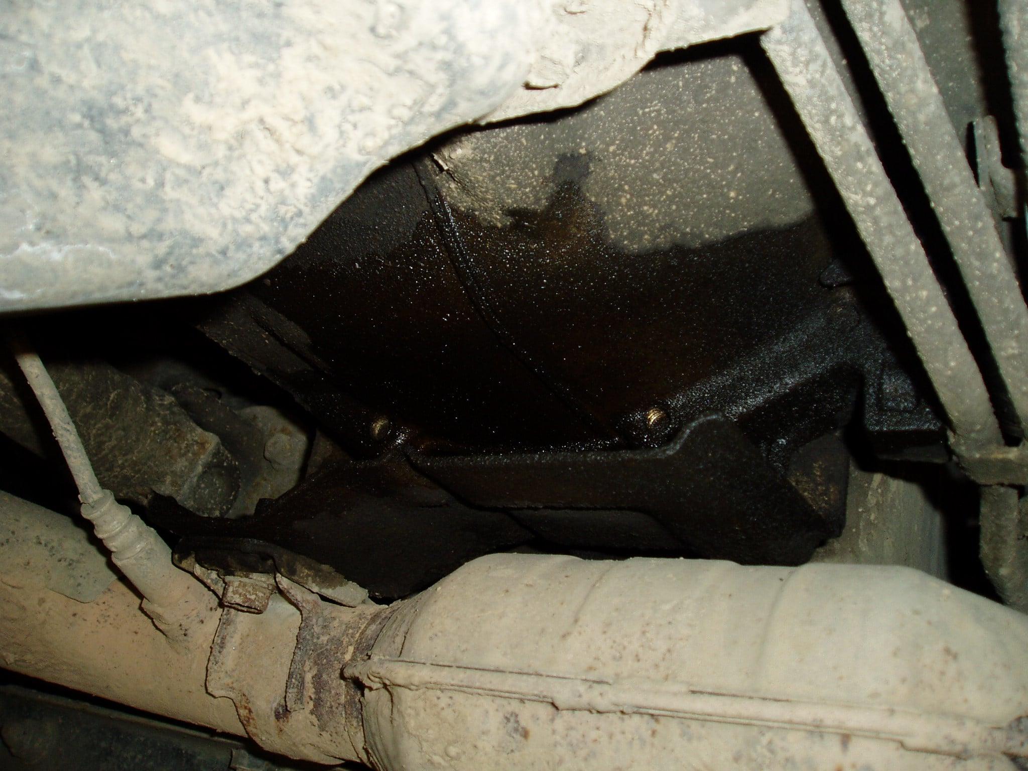 Замена заднего сальника коленвала (коренного). Pajero 4  3.0 L